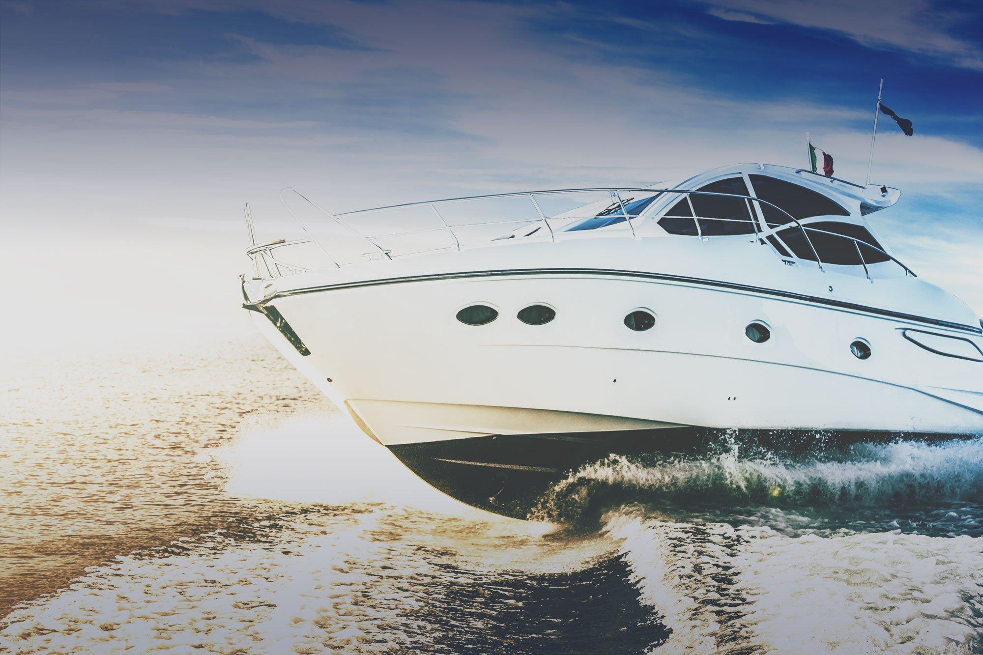 Market-Yacht
